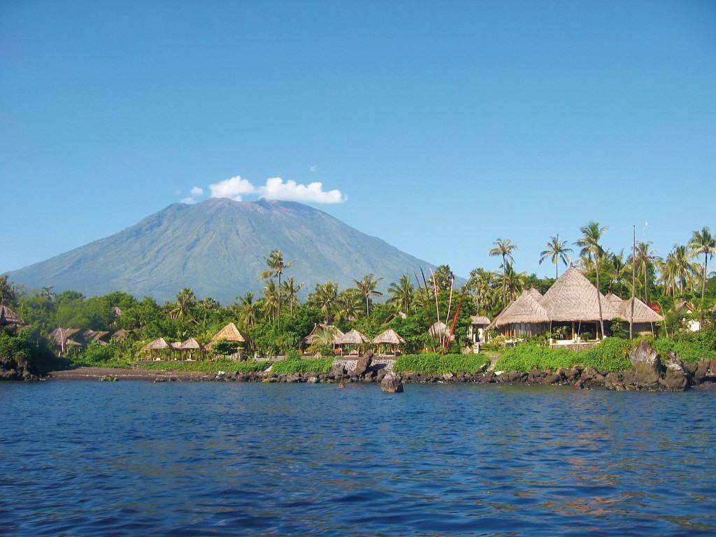 Alam Batu Beach Bungalow Resort Bali
