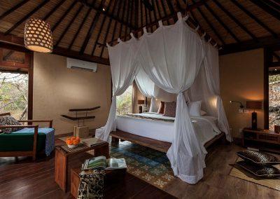 Lanai Cottage Bedroom