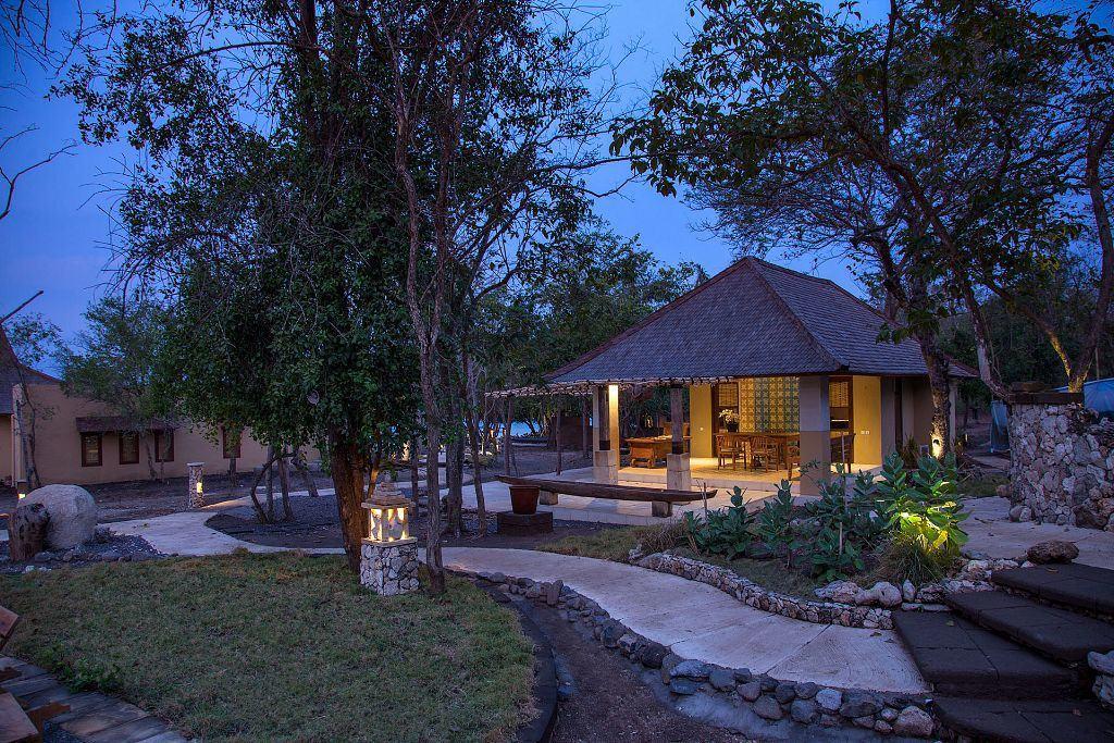 NusaBay Menjangan Resort Bali