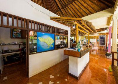 Dive Center Reception