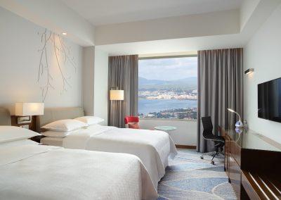 Premier Deluxe Sea View Twin Room
