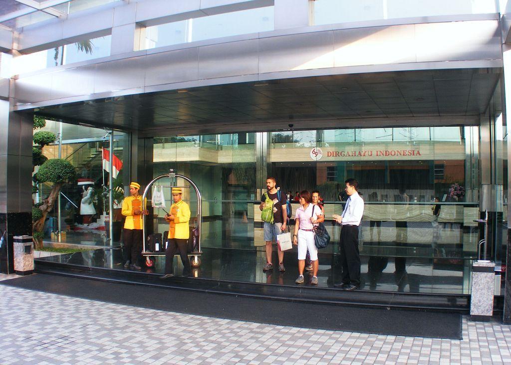 FM7 Resort Hotel Airport