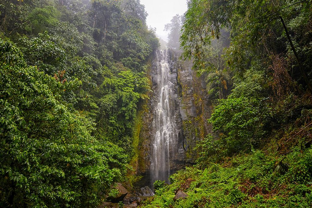 Tunan Waterfall Tour