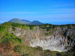 Mahawu Volcano Trek