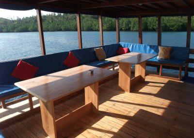 Rear deck lounge area