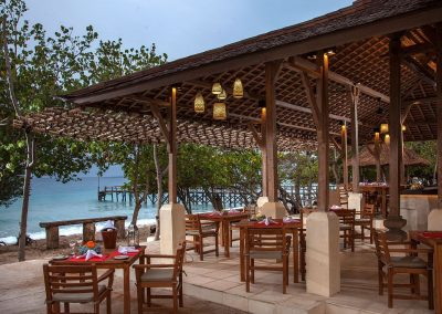 Waka Beach Club-Bar and Restaurant
