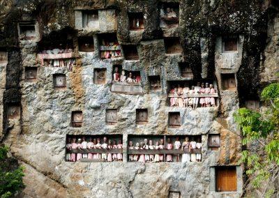 Tau Tau Londa Village